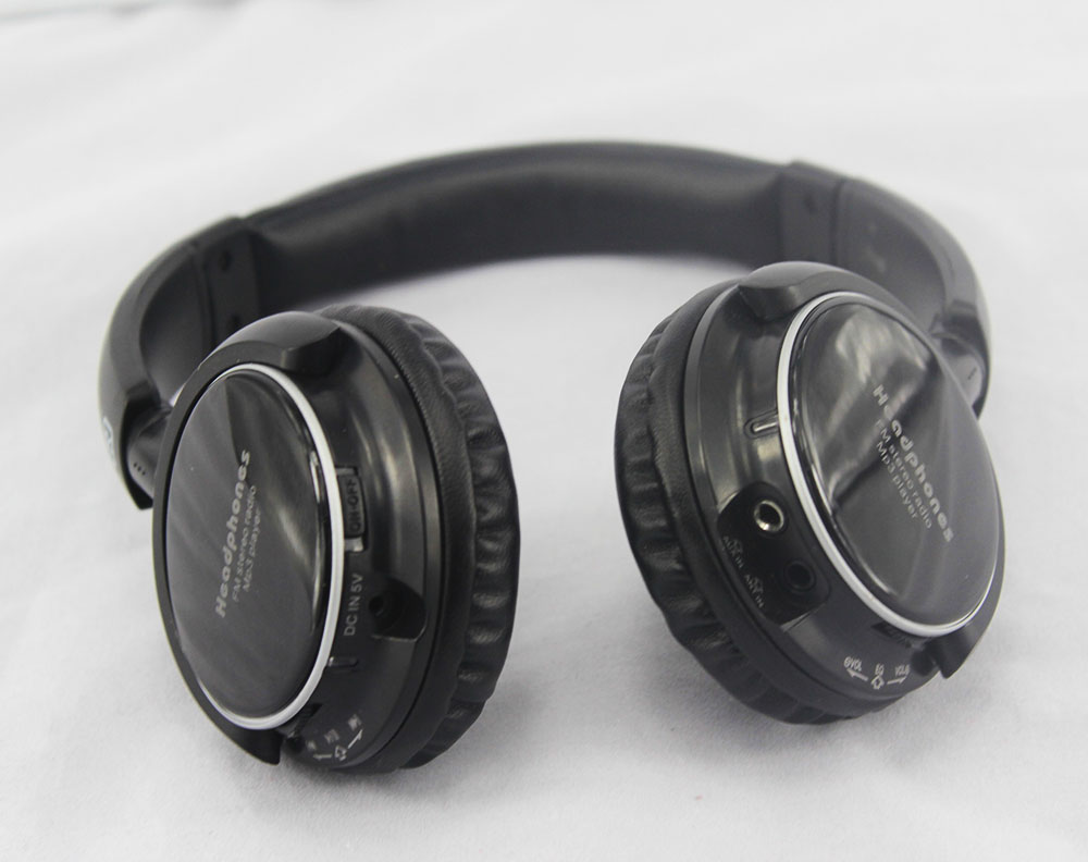 Cheap stylish sd/tf card wireless headphones